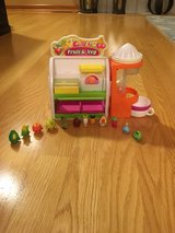 Shopkins fruit and vegetable stand in Oswego, Illinois