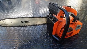 STIHL 015L CHAIN SAW, CLEAN RUNS GREAT! in Cherry Point, North Carolina