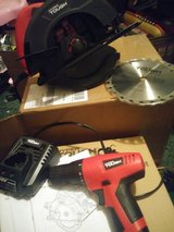 Circular saw and 12v drill driver in Clarksville, Tennessee
