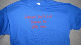"""Chicago Cubs T-shirt """"Don't Let Friends be Sox Fans"""" in Oswego, Illinois"""