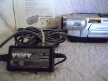 sony digital movie camera  with battery charger in 29 Palms, California