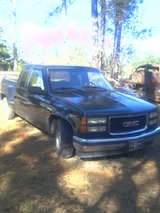 1996 GMC TRUCK EXTENDED CAB in Fort Polk, Louisiana