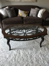 Coffee table and end table in Glendale Heights, Illinois