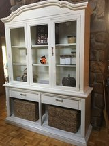 Hutch and Cabinet in Cadiz, Kentucky