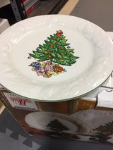 Christmas Plates in Wilmington, North Carolina