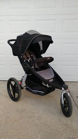 Graco Fast Action Fold Relay Jogger Click Connect in Fort Polk, Louisiana
