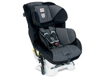 (2) BRITAX BOULEVARD CAR SEATS in MacDill AFB, FL
