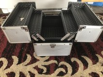 Makeup case in Tinley Park, Illinois