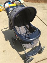 Stroller - Eddie Bauer in Lockport, Illinois