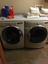 Front loader washer and dryer in Aurora, Illinois