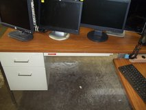 NICE DELUXE OFFICE DESKS FOR SALE: TWO OAK WOOD AND 2 METAL $39. TO $99 in Fort Knox, Kentucky