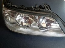 Lincoln Towncar  - 2005-2009, Right Front Headlight Assy in Plainfield, Illinois