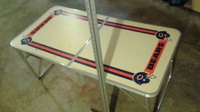 PRICE DROP !!! Chicago Bears Vintage Folding Table in Lockport, Illinois