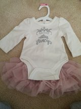 GIRLS NEWBORN OUTFIT in Oswego, Illinois