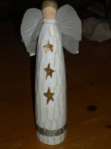 "8-1/2""H wood angel in Bolingbrook, Illinois"