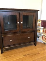 small tv stand in Naperville, Illinois