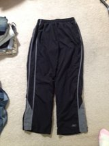 Like-New Reebok Ladies Workout Pants, Large in Camp Pendleton, California