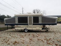1995 Dutchman pop up camper in The Woodlands, Texas