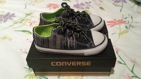 Converse New in box in Ramstein, Germany