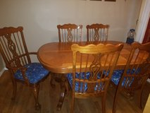Dining room table and 6 upholstered chairs in Tacoma, Washington
