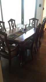 Dining room table w/6 chairs in Fort Meade, Maryland