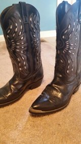 men's cowboy boots in Fort Campbell, Kentucky