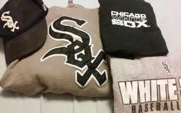 Kids sox hoodie and T-shirt in Lockport, Illinois