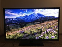 """REDUCED Samsung 50"""" Flat Screen in Chicago, Illinois"""