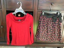 Girls Size 8-10 Holiday / Christmas Skirt Outfit (2 Pieces) in Westmont, Illinois