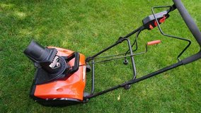 """Electric Snow blower 18"""" in Naperville, Illinois"""