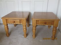 Traditional Medium Oak Solid Wood Coffee Table Set with 2 End Tables - EUC in Bolingbrook, Illinois
