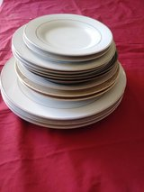 Gold Decorated Plates/Bowls in Alamogordo, New Mexico