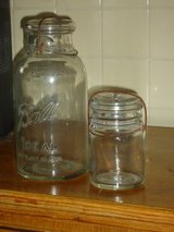 mason jars w/wire bail & glass lid in Naperville, Illinois