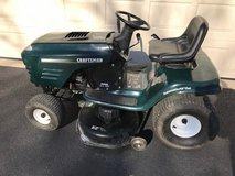 """Craftsman 15.5 HP 42"""" Lawn Tractor in Glendale Heights, Illinois"""
