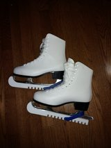 Ice Skates for Women in Schaumburg, Illinois