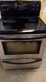Frigidaire Glass Top Black and Stainless Stove in Wilmington, North Carolina