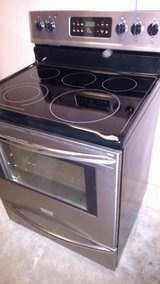 Frigidaire Glass Top Stove Gallary Stainless and Black in Wilmington, North Carolina