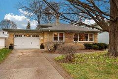 House for Sale in Wheaton- Turn Key Starter Home in Elgin, Illinois