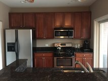 Downtown Downers Grove 1BR 1.5BA with garage parking in Orland Park, Illinois