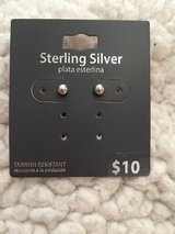 Sterling silver ball stud earrings Brand New in Chicago, Illinois
