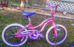 Girls bicycle in Byron, Georgia
