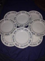 8 piece porcelain plate set in Macon, Georgia