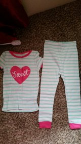 Girls pajamas 4T in Fort Bliss, Texas