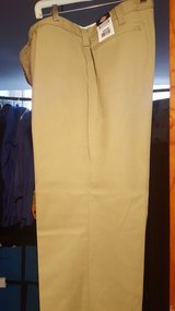 Men's Dickies tan work pants new with tag lot in Fort Campbell, Kentucky