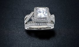 CLEARANCE ***BRAND NEW***Princess-Cut Cubic Zirconia Bridal Ring Set***SZ 7 in Cleveland, Texas
