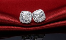 ***BRAND NEW***BEAUTIFUL 3 1/2 CT's CUSHION CUT Earrings*** in Cleveland, Texas