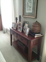 Sofa table in Quantico, Virginia