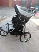 Baby trend double jogging stroller in Camp Pendleton, California