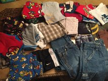 Boys sz 6-8, lot of CLOTHES over 30 pieces in Baytown, Texas