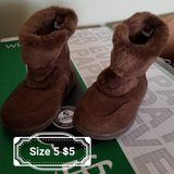 Girl toddler boots & shoes in Fort Riley, Kansas